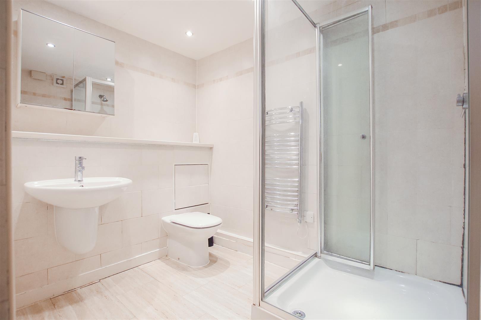 2 Bedroom Apartment For Sale - En-suite